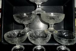 Gyümölcs mintás fagyis, krémes, koktélos poharak