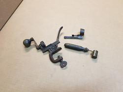 Antik lőporkanál és lőszer peremező.