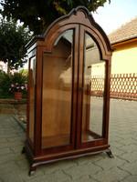 Nagyon ritka, picike méretű antik üveg polcos, eredeti csiszolt üveges kis vitrin