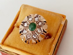 Old gold ring (brilliant and emerald)
