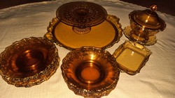 Antik borostyán színű, üveg süteményes készlet, kínáló