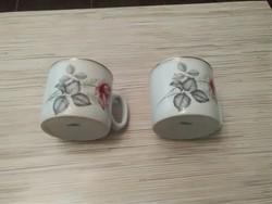 Zsolnay porcelán bögrék.