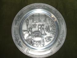 Csodás ón tányér -Nászajándéknak