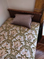 Colonial bed 2pcs + bedside tables