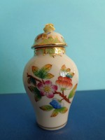 Small vase with Herend lid