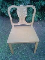 Barokk mintás, faragott, hatalmas méretű, fa szék.