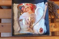 Alfons Mucha dekorral teás  csésze dobozában