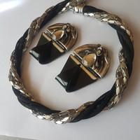 Unique design set
