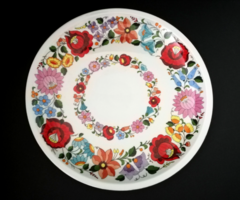 Beautiful hand painted large round bowl from Kalocsa