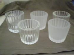 5 darab üveg gyertyatartó mécses egyben.