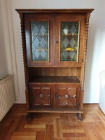 Colonial serving cabinet