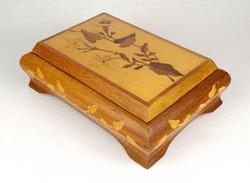 1G006 old inlaid Albanian wooden box 6 x 14 x 20 cm
