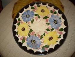 100 éves virágos gránit  kínáló tányér tál 26 cm. korának megfelelő