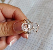 Beautiful silver ring with glittering stones