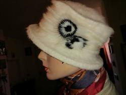 Szebbnél szebbek molett nálam márkás angóra gyapjú  kalap női   57 58 60 61fejre