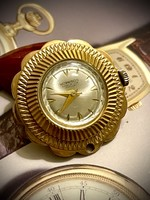 Morrison antique gold pocket watch, can be hung on a necklace! 04The women's dream