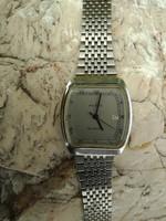 Vintage clothes quartz men's watch