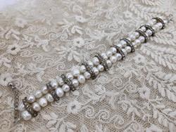 Cultured pearl bracelet with rhinestones