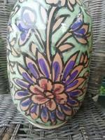 Antik virágmintás kerámia váza