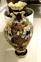 Gigantic sized antique hand painted Chinese vase!