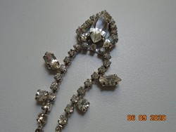 Clawed, faceted stone necklace, silver-plated, with chain