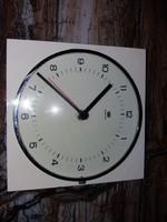 Retro electric wall clock
