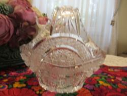 Lips crystal basket