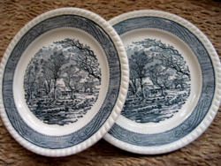 2 blue and white homestead in a spectacular English small plate