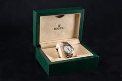 Rolex oyster perpetual date; 34mm
