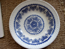 Blue and white English garnished bowl with fine ware