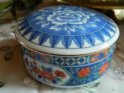 Tiffany & co. Imari style porcelain lid box, bonbonier, box