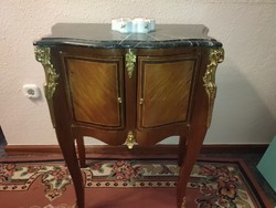 Baroque small chest of drawers, with beautiful copper work, marble slab, very fine piece