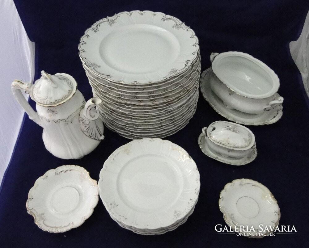 6446 Antik osztrák 32 darabos porcelán étkészlet - Porcelán ... 89c929f2db