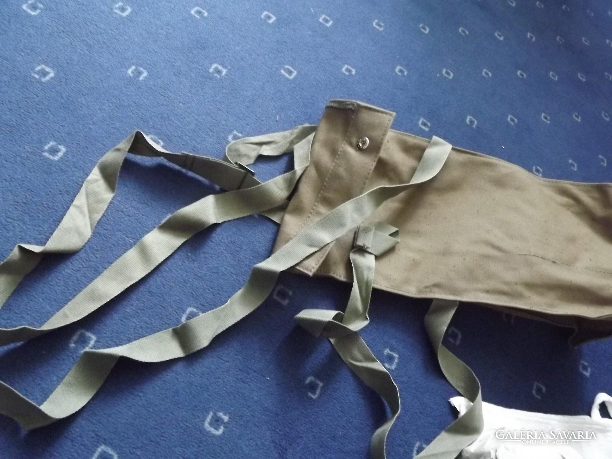 84f17a40be1e Régi katonai gázálarc táska álarc és patron újszerű - Militária ...