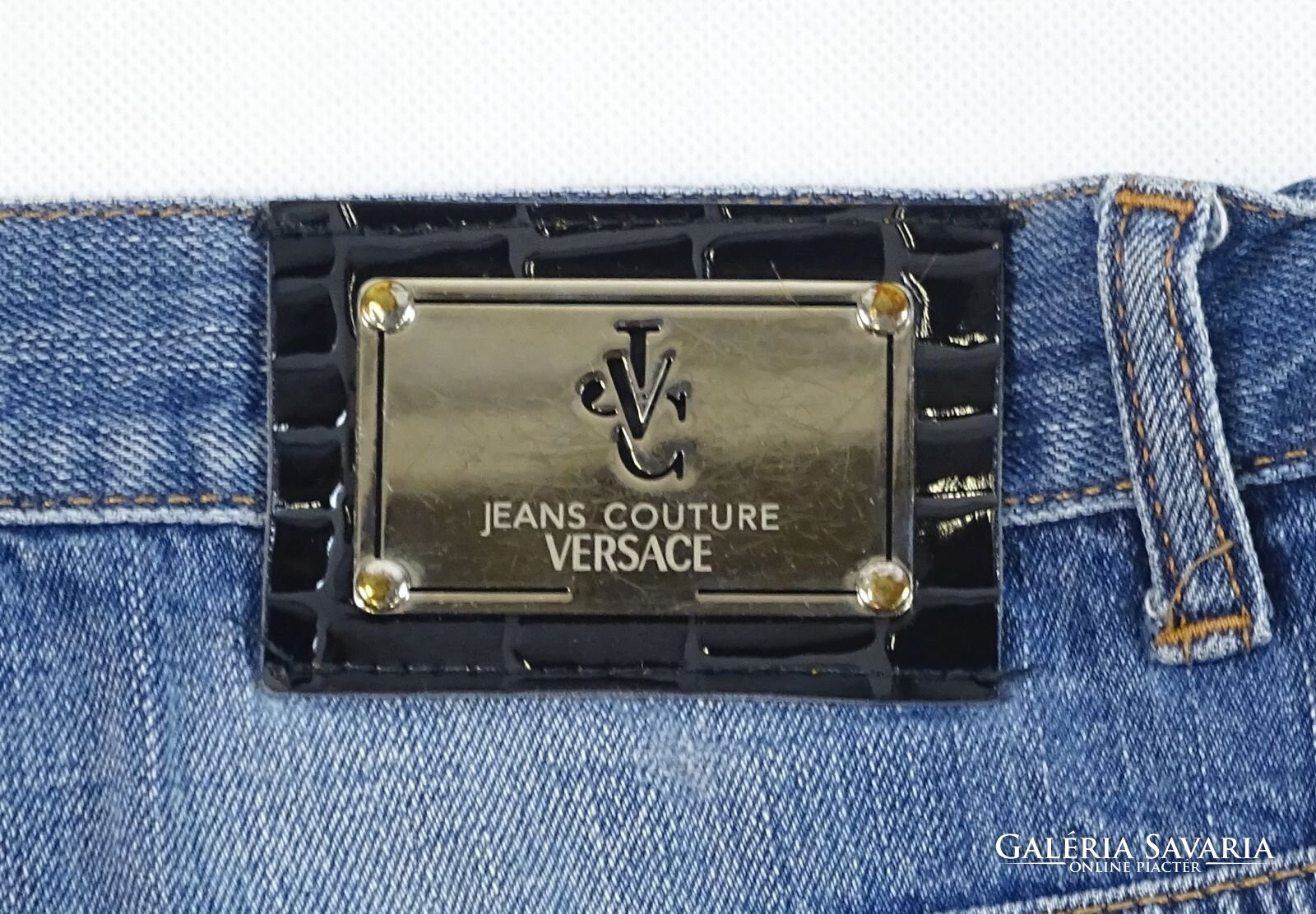 0V707 Versace fehér farmer nadrág 31 Gardrób | Galéria